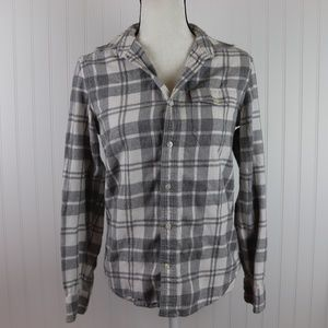 GAP Classic Fit Flannel Button Up Size XS